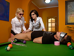2 wild ladies penalize a dude who lost money at pool billiards